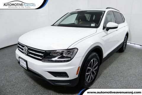 Pre-Owned 2019 Volkswagen Tiguan 2.0T SE 4MOTION with Panoramic Sunroof