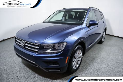 Pre-Owned 2018 Volkswagen Tiguan 2.0T SE FWD with Panoramic Moonroof & Third Row Seating