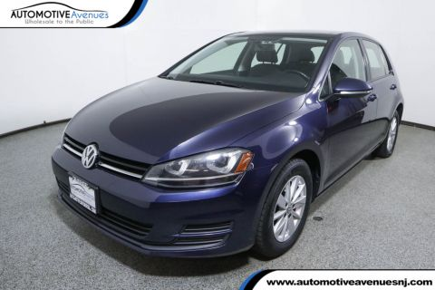 Pre-Owned 2015 Volkswagen Golf 4dr Hatchback Automatic TSI S w/Sunroof