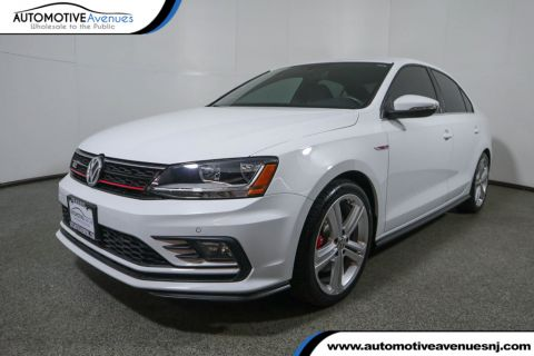 Pre-Owned 2017 Volkswagen Jetta GLI Manual