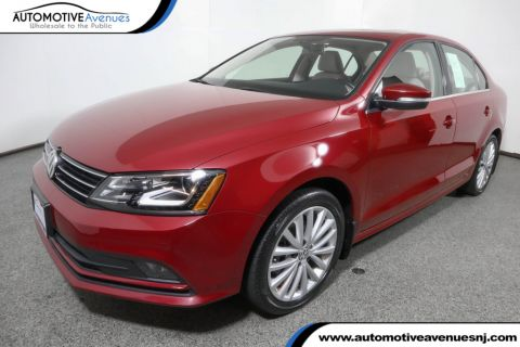 Pre-Owned 2016 Volkswagen Jetta Sedan 1.8T SEL 4dr Automatic with Lighting Package