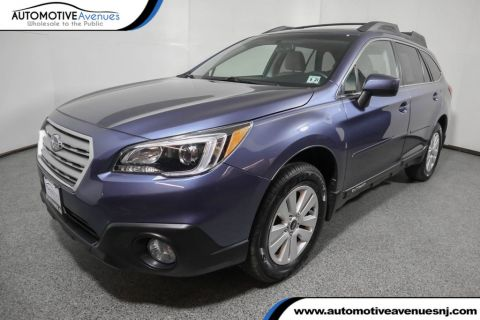 Pre-Owned 2017 Subaru Outback 2.5i Premium w/ Moonroof Pkg and Power Rear Gate