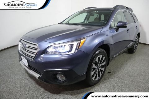 Pre-Owned 2017 Subaru Outback 3.6R Limited w/ Eyesight & Navigation & High Beam Assist & Rab