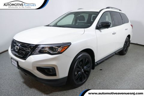 Pre-Owned 2018 Nissan Pathfinder 4x4 SL Midnight Edition