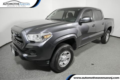 Pre-Owned 2016 Toyota Tacoma SR Double Cab 2WD I4 Automatic
