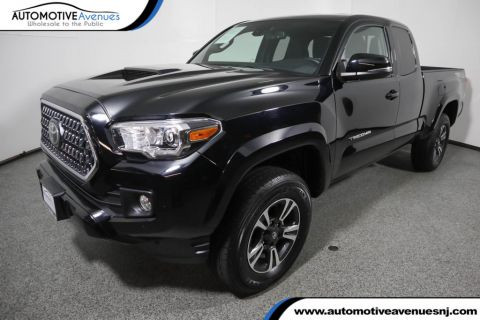 Pre-Owned 2019 Toyota Tacoma 4WD TRD Sport Access Cab 6' Bed w/ Premium Sport & Tech Packages