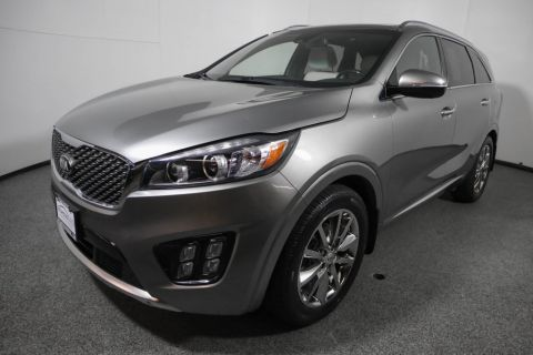 Pre-Owned 2016 Kia Sorento FWD 4dr 3.3L SXL w/ Technology Package