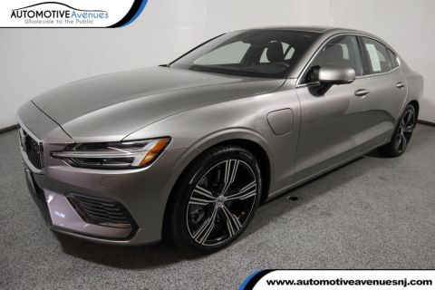 2019 Volvo S60 T8 eAWD Plug-In Hybrid Inscription