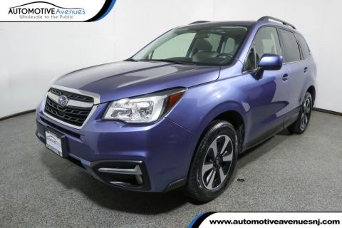 Pre-Owned 2017 Subaru Forester 2.5i Limited w/ Navigation & Harmon Kardon Audio Package