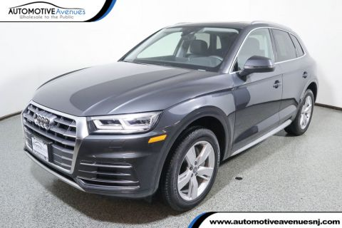 Pre-Owned 2018 Audi Q5 2.0 TFSI Premium Plus w/Nav, Cold Weather Pkg & 19 Inch Wheels