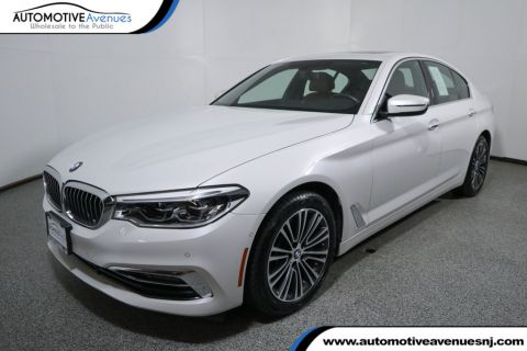 Pre-Owned 2017 BMW 5 Series 530i w/ Premium, Driving Assistance & Lighting Packages