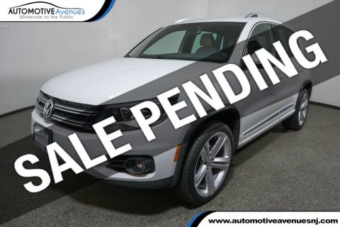 Pre-Owned 2016 Volkswagen Tiguan 2.0T R-Line w/ 4Motion 4dr Automatic